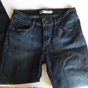 Levi's | mid rise skinny jeans 10